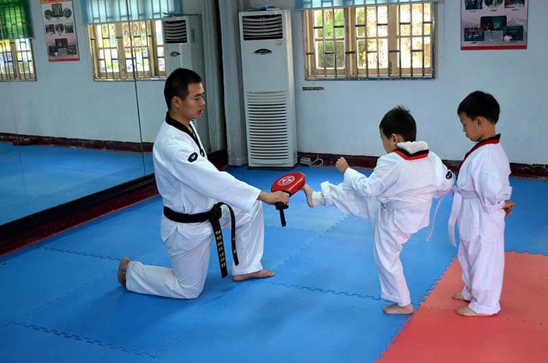 3 Taekwondo Benefits for your Child and a Bonus For Mommies and Daddies